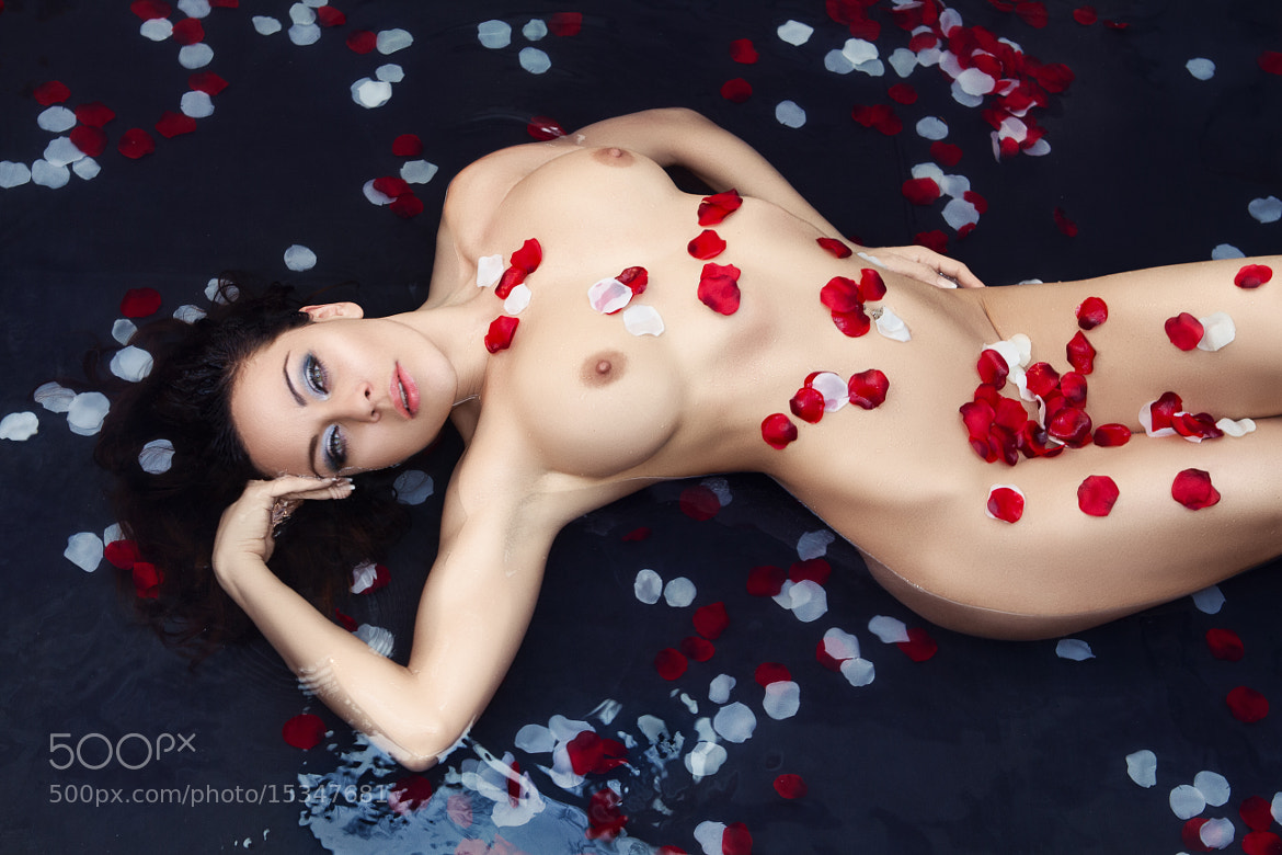 Photograph Celine - Nude Flowers by Jennifer Weynacht on 500px