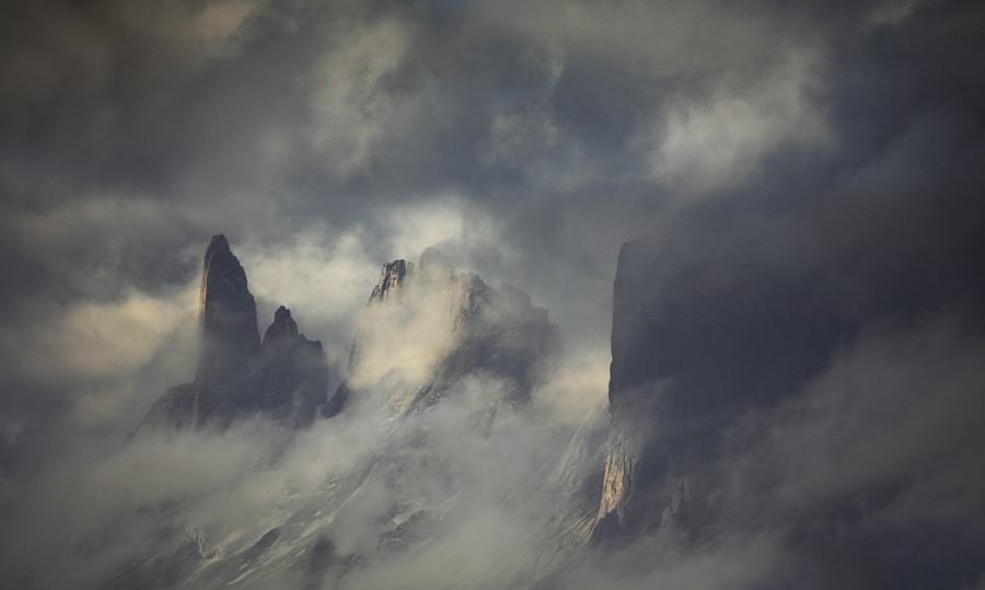 Summits Of Oblivion by Alexandre Deschaumes on 500px.com