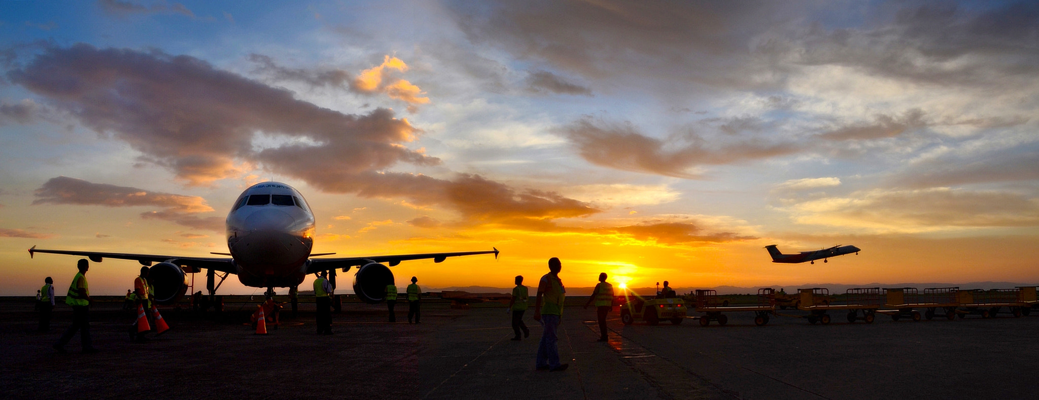 Photograph A busy day at the tarmac by Vey Telmo on 500px