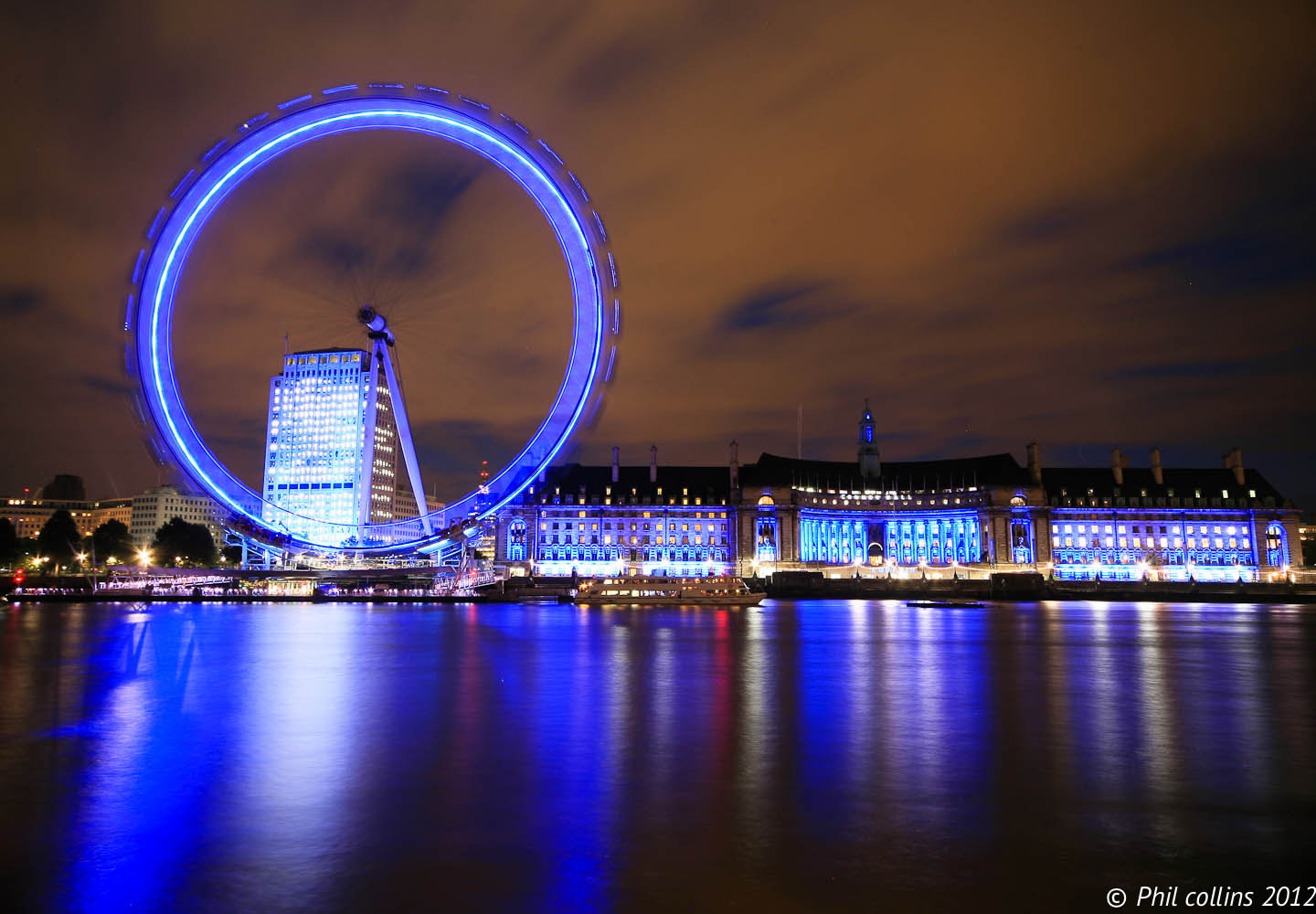 Photograph London Eye and County Hall by Night by Phil Collins on 500px