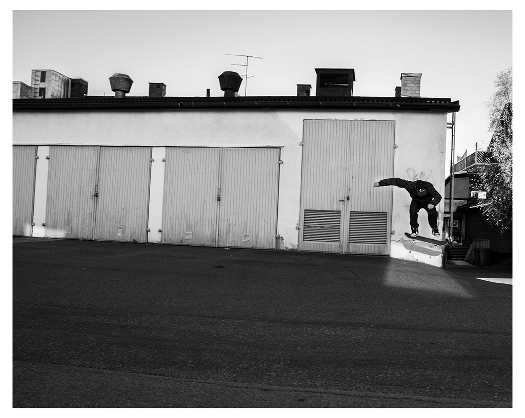 Photograph Heelflip by Adam Vikman on 500px