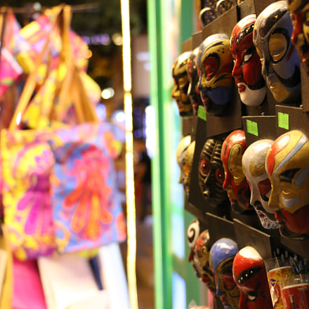 Masks, Canon EOS 70D, EF-S18-135mm f/3.5-5.6 IS STM