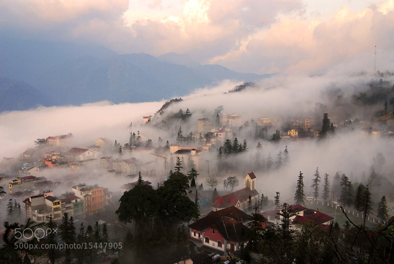 Photograph Cloud inserted in Sapa by Cao Minh on 500px