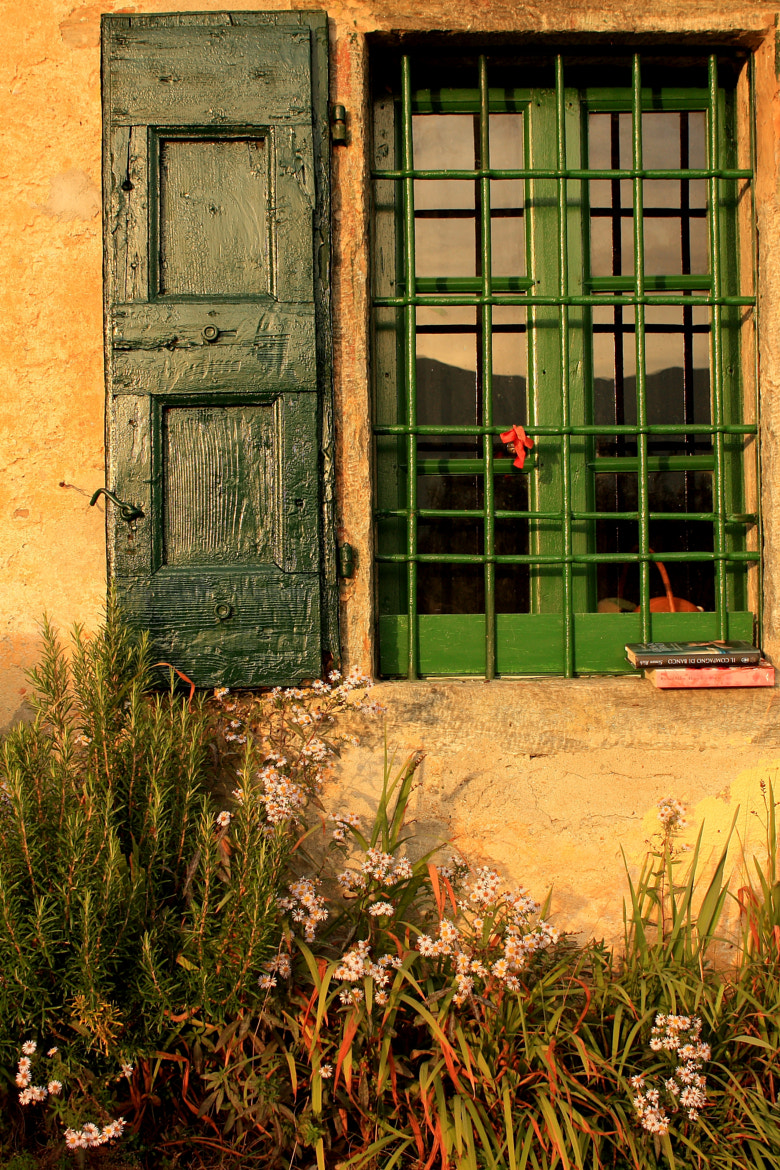 Photograph Window at sunset by Elisa Davì on 500px