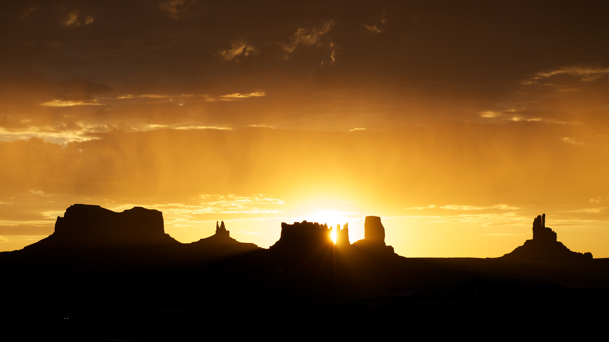 Photograph Monument Valley by Thomas Fliegner on 500px