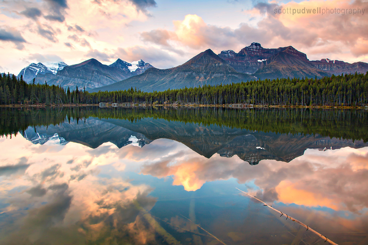 Photograph Liquid Reflection by Scott Pudwell on 500px