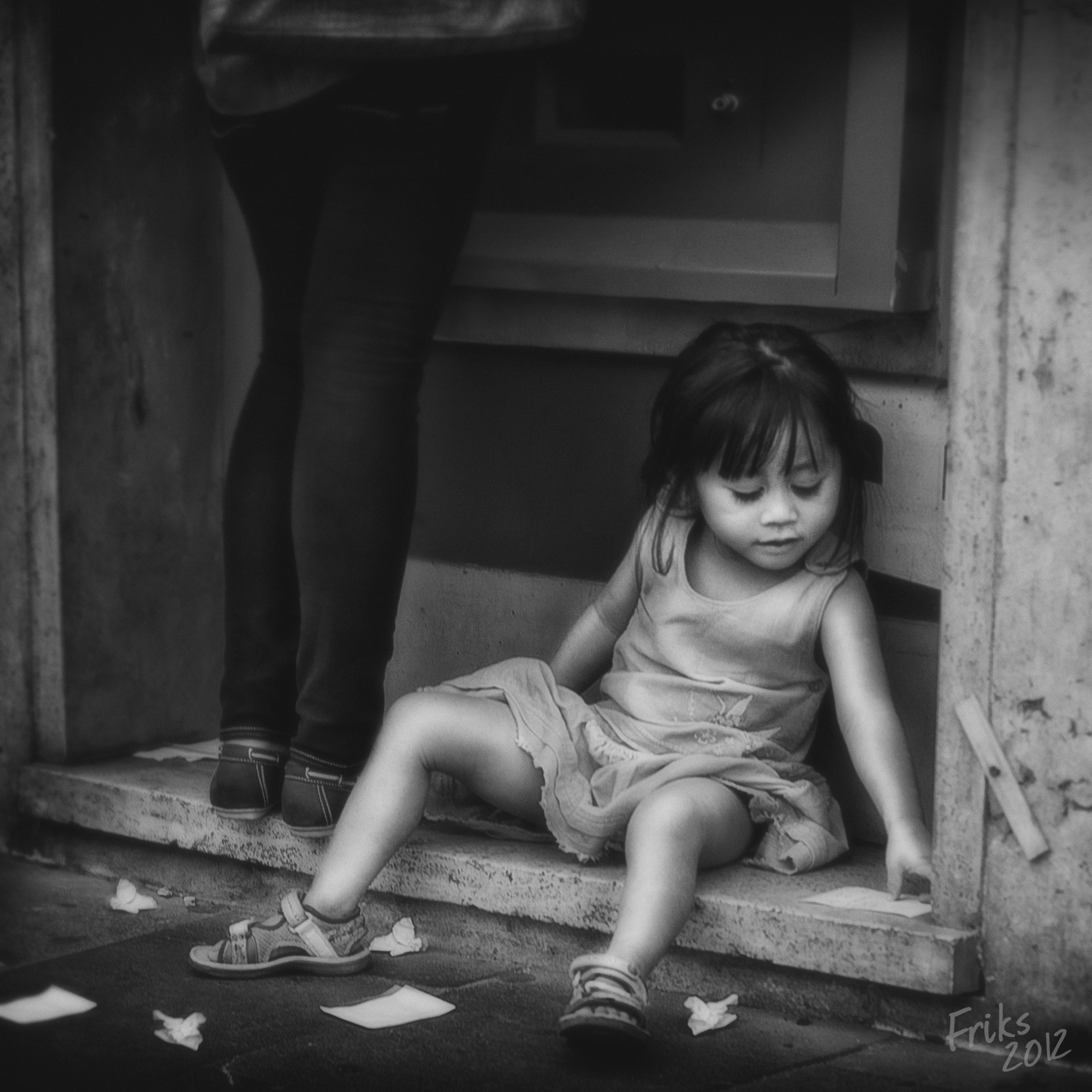 Photograph LITTLE GIRL TICKET by Mr Friks  on 500px
