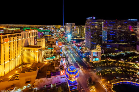 Las Vegas at Night by Janet Weldon on 500px