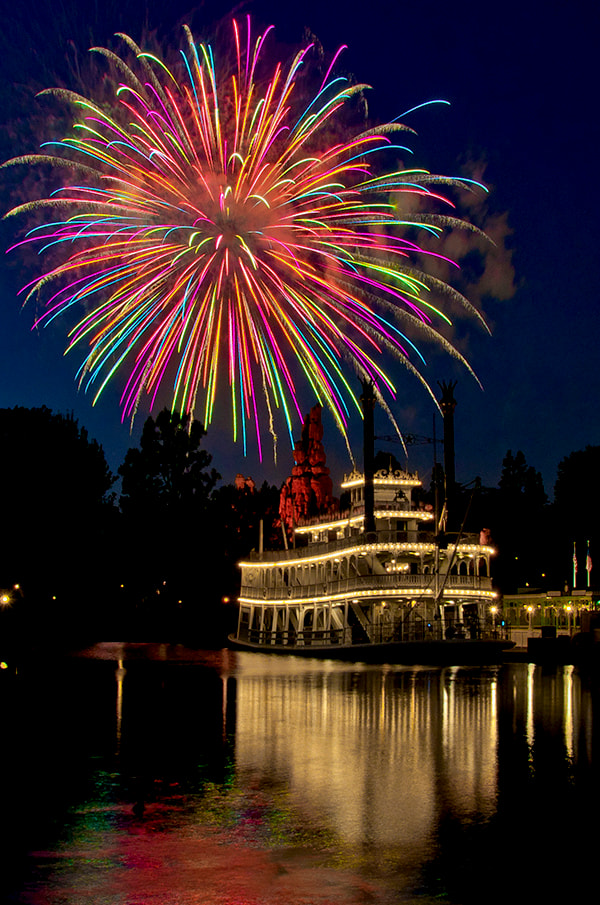 Photograph Fireworks Over The Mark Twain by William McIntosh on 500px