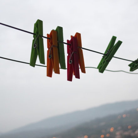 Clothes pegs, Canon EOS 600D, Canon EF 28-105mm f/4-5.6
