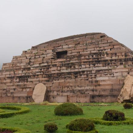 The general tomb(將軍塚, 장군총)