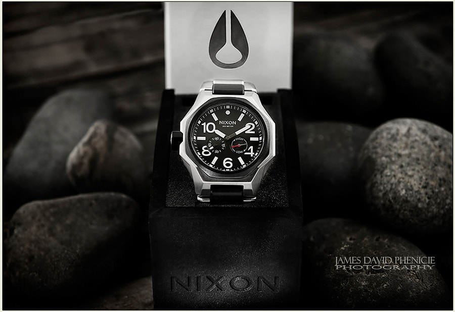 Product Series:  Nixon Tangent Watch