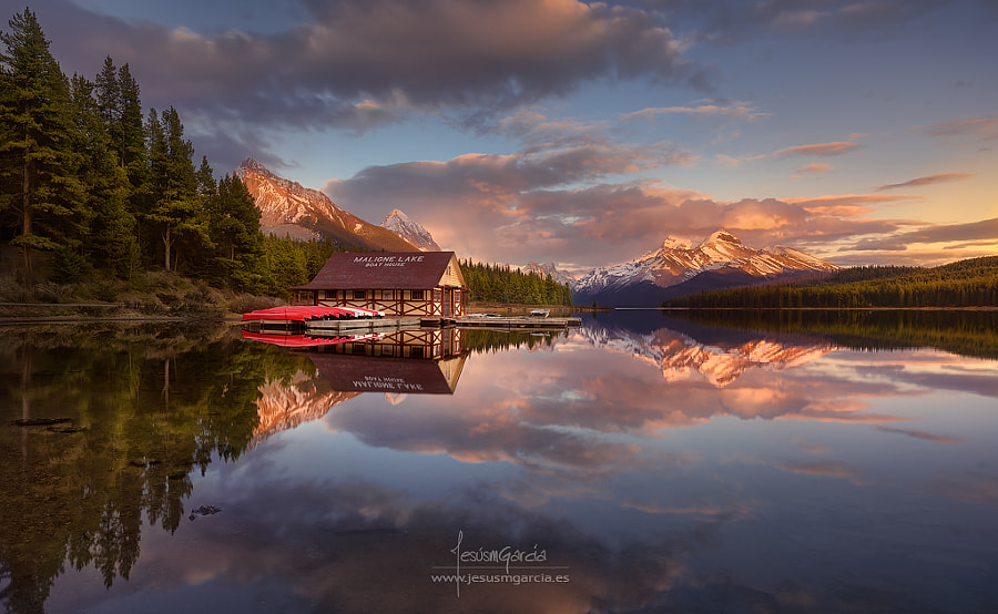 Maligne Lake by Jesús M. García on 500px.com