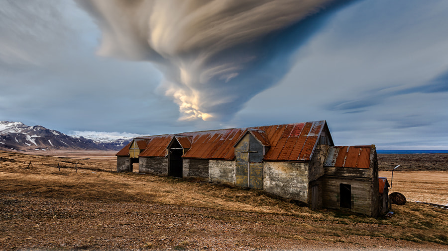 The Old Barn by wim denijs