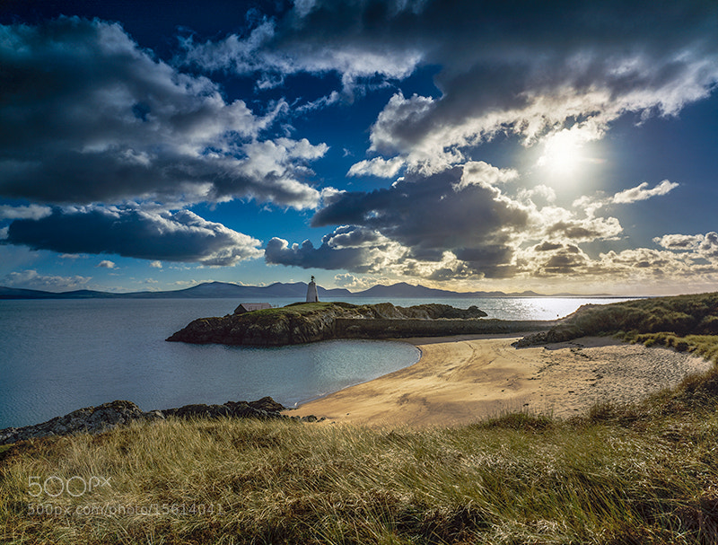 Photograph LLANDDWYN ISLAND by COLIN MOLYNEUX on 500px