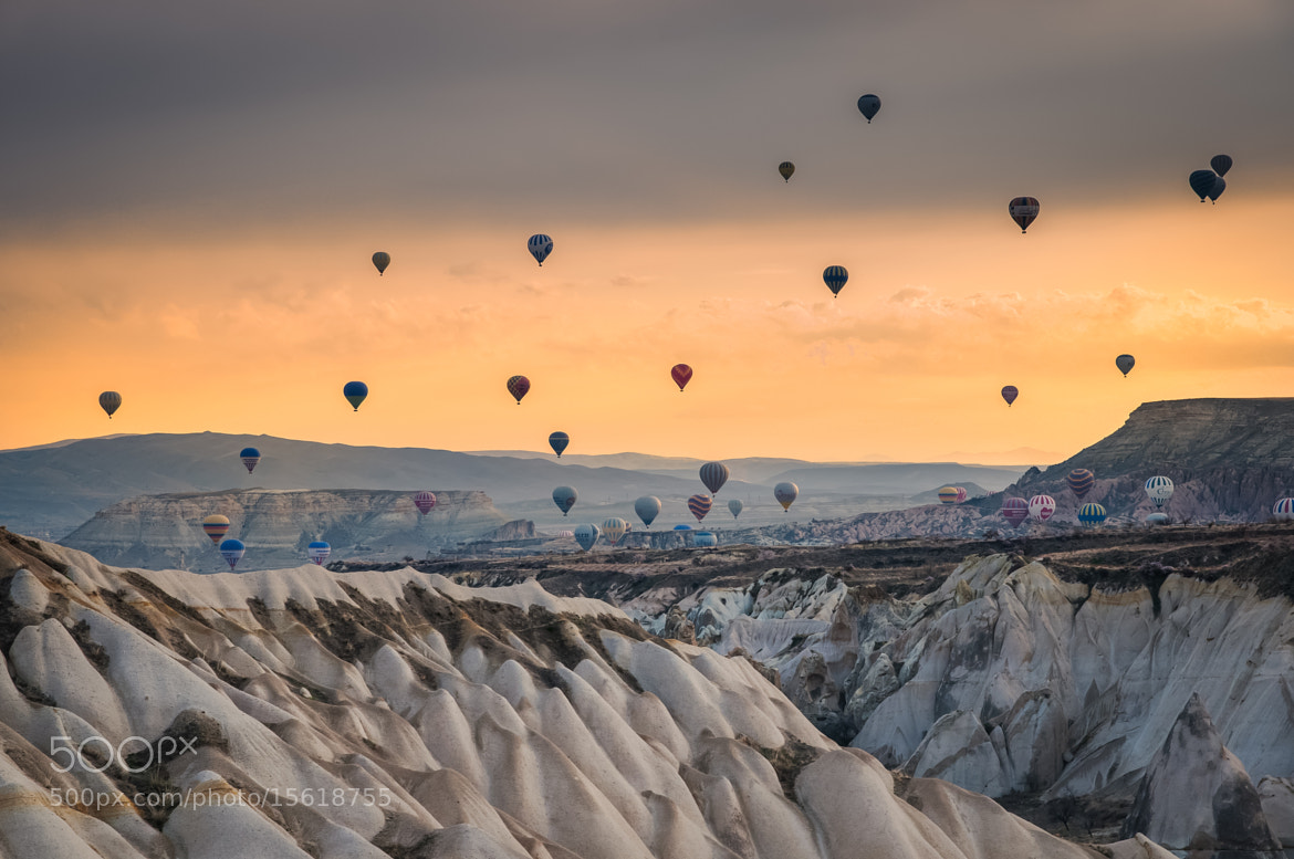Photograph Flying hot air ballons in Turkey by Natapong P. on 500px