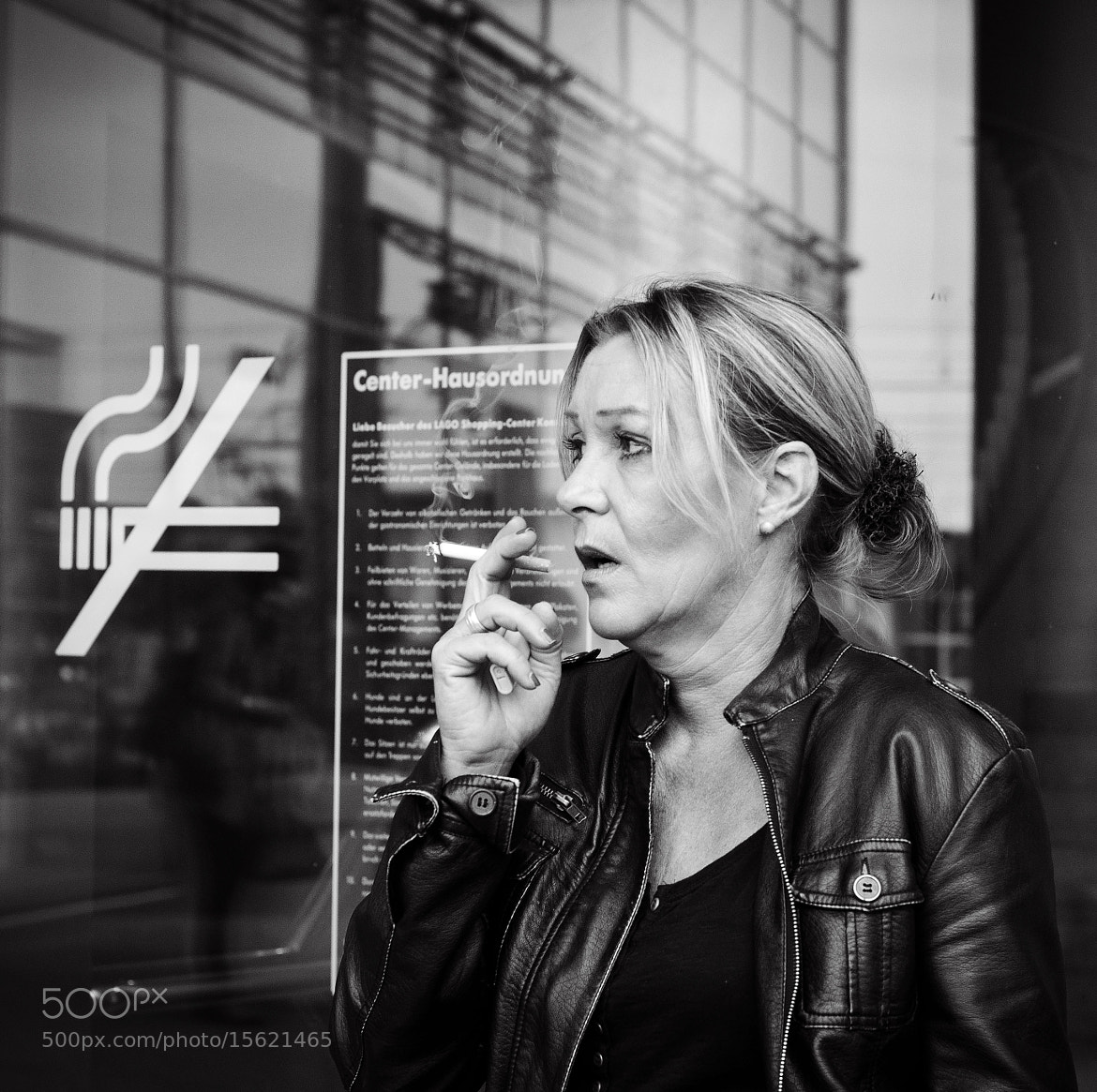 Photograph NO SMOKING by Ines Njers on 500px