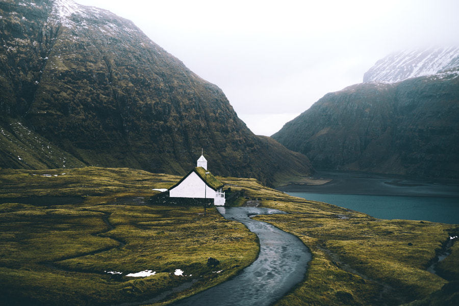 a church in the wild. von Johannes Hoehn auf 500px.com
