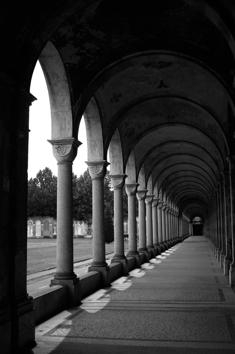 Photograph portico by Ocram Primo on 500px