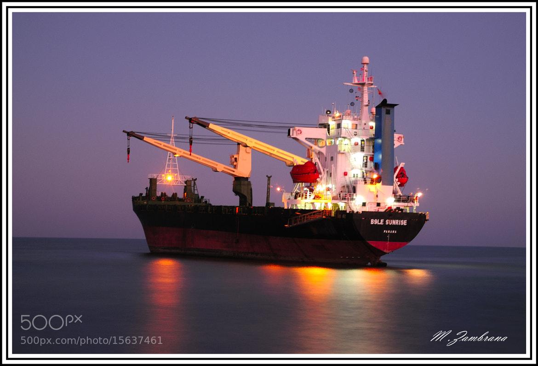 Photograph barco encallado en el saler by miguel zambrana molina on 500px