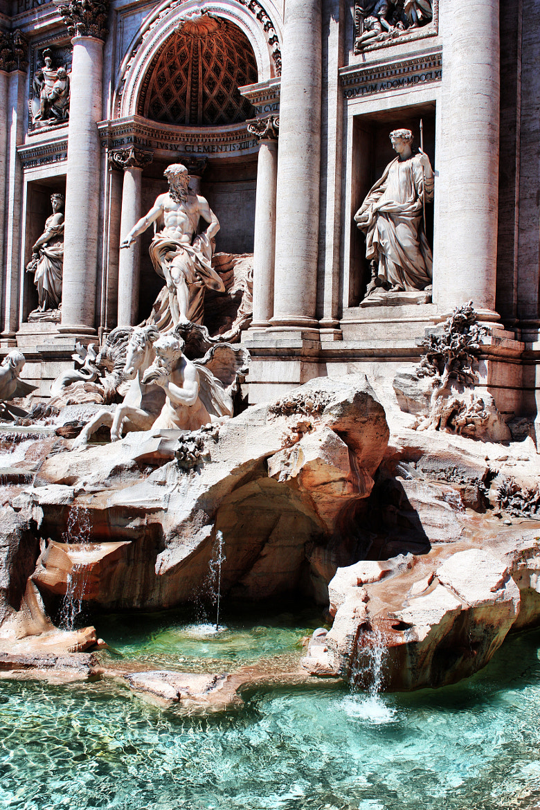 Photograph Fontana di Trevi  (Roma) by Tassan Giuseppe on 500px