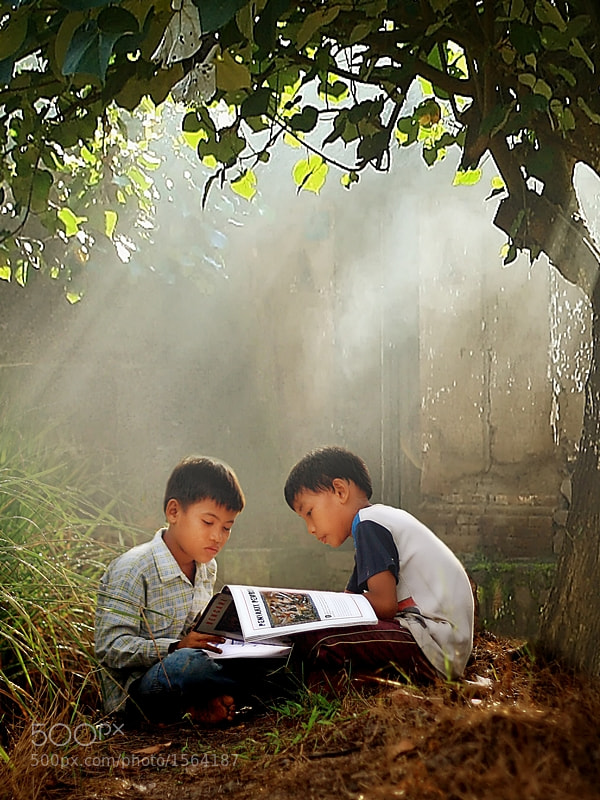 Photograph Reading by Hary Muhammad on 500px