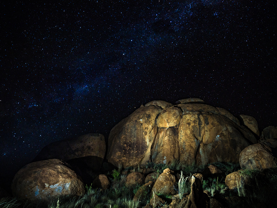 Devils Marble Under The Stars by Travis Chau on 500px.com