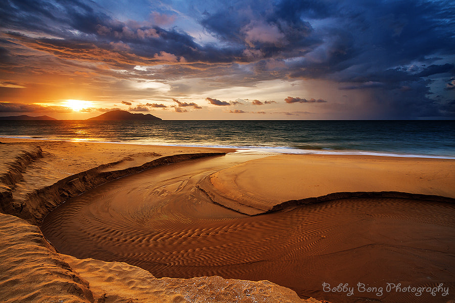 Photograph Warm Light by Bobby Bong on 500px
