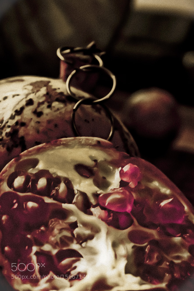 Photograph Pomegranate by Homa BahramParvar on 500px