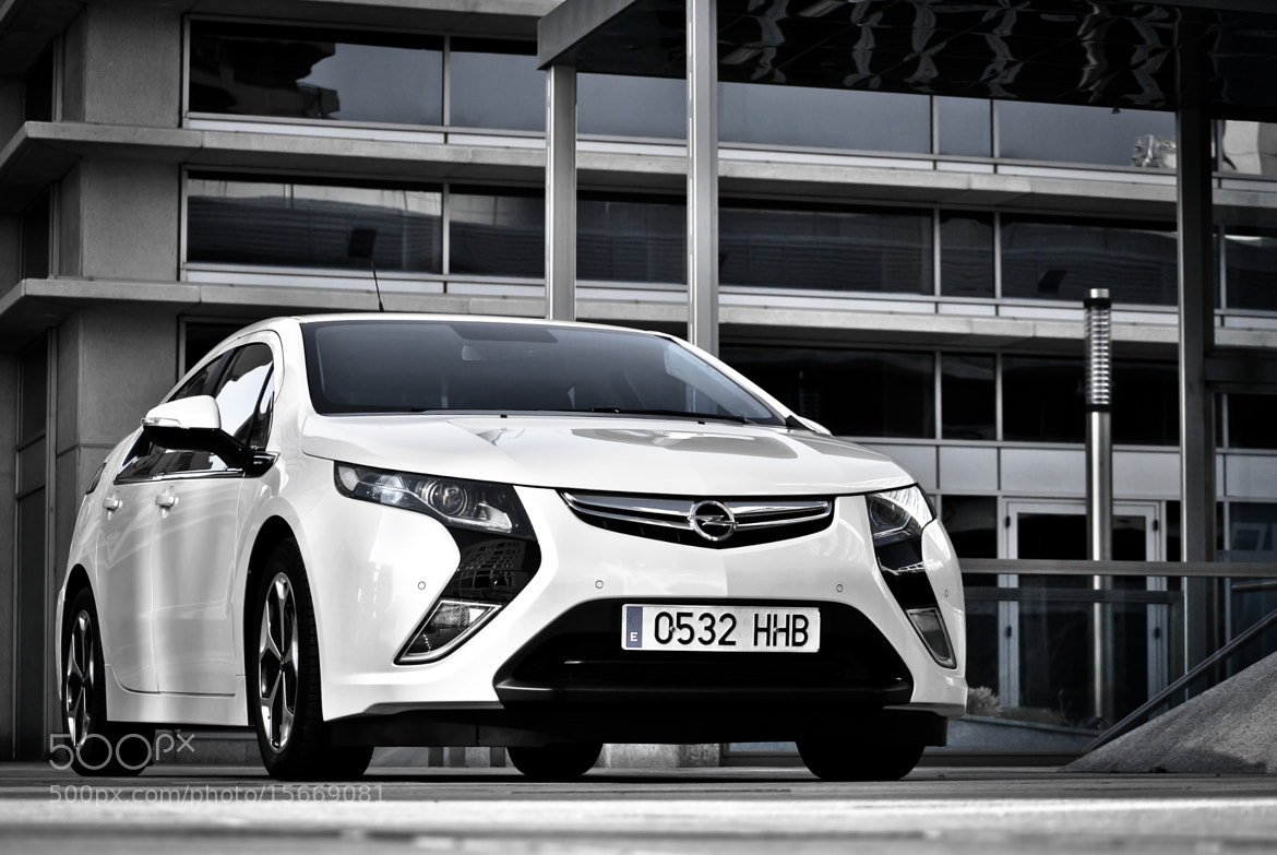 Photograph OPEL Ampera by Jose María de las Heras Sánchez on 500px