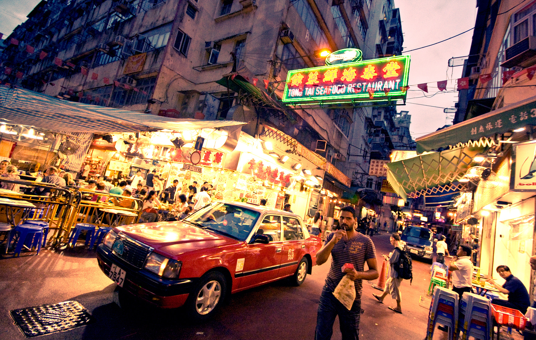 Photograph Temple Street Market by Jens  on 500px