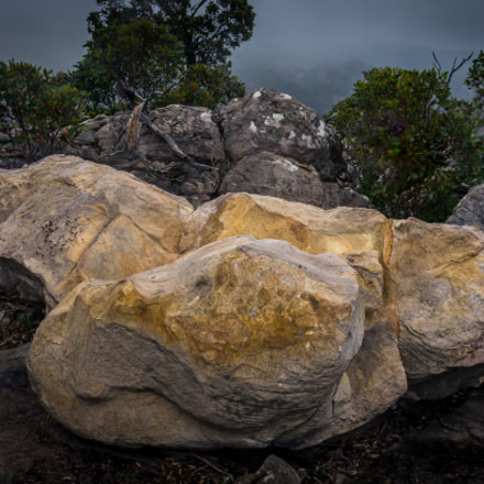 Golden Rock, Mount Rosea, Pentax K-5, smc PENTAX-FA 20mm F2.8
