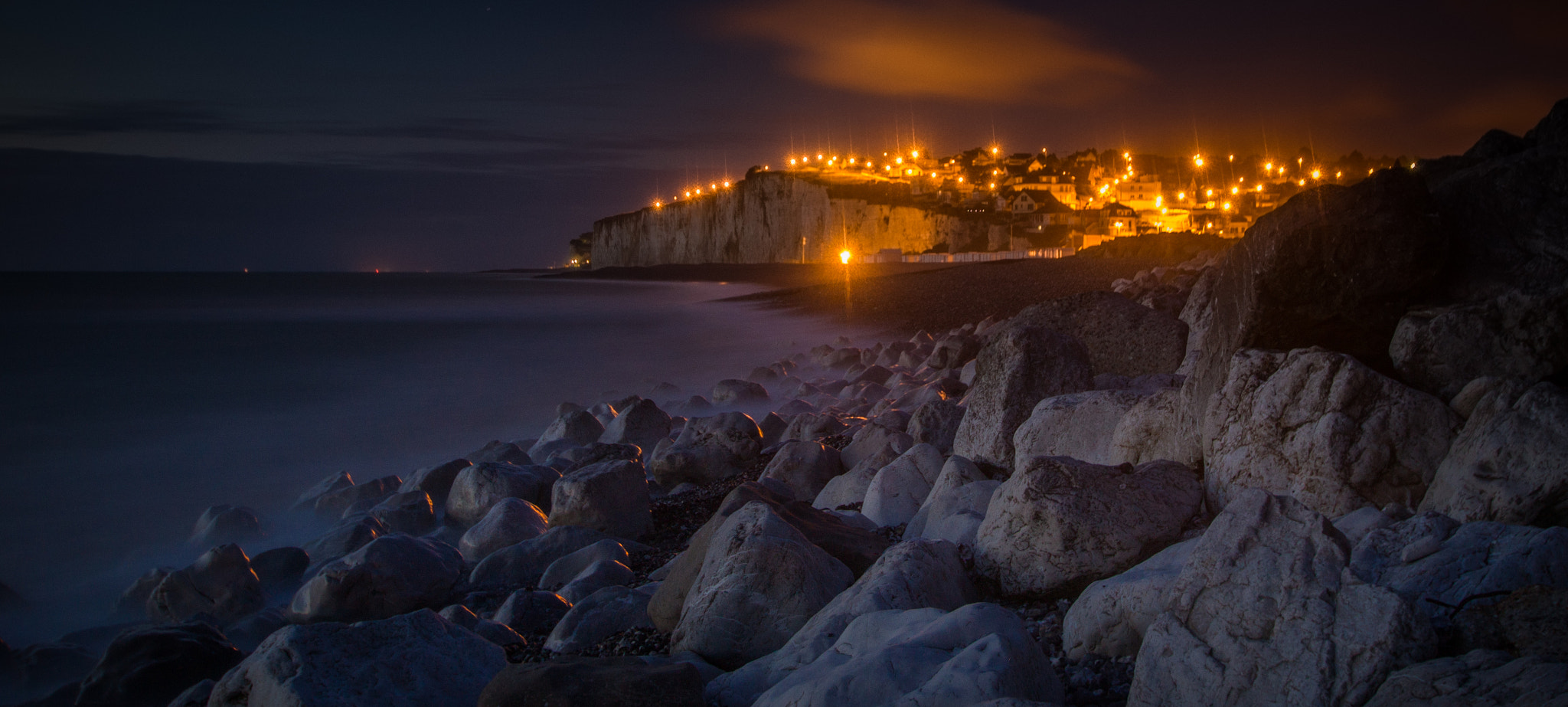 Photograph living on the edge (in the dark) by Thierry Matsaert on 500px