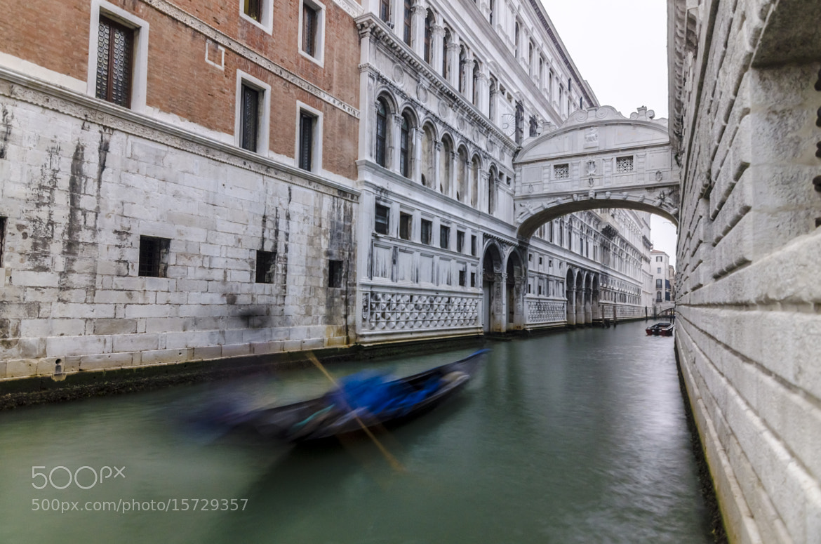 Photograph Bridge of sighs by ROBIN HORTON on 500px
