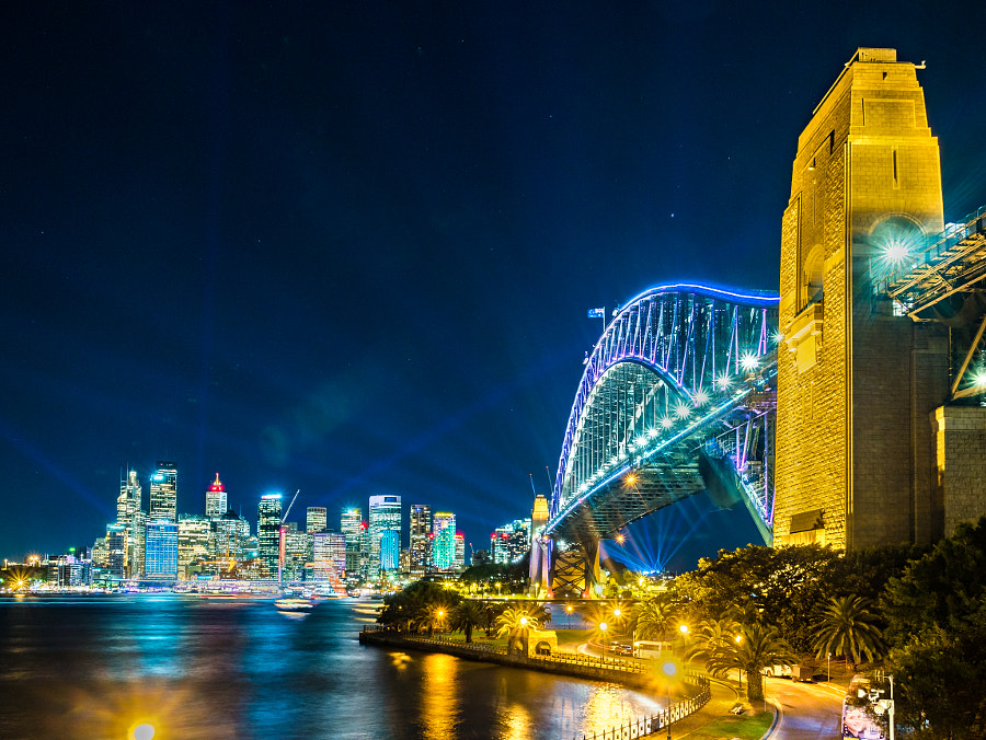 Vivid Sydney 2016 Sydney Harbour Bridge by Travis Chau on 500px.com