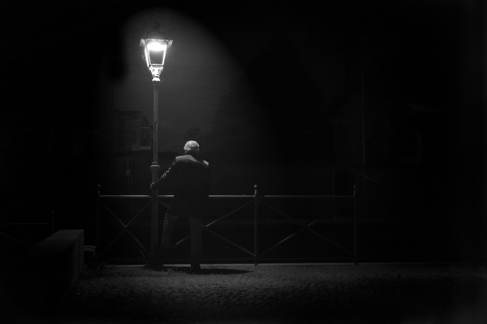 Photograph B&W Stuffs - Looking At The Darkness by Simone Fiorino on 500px