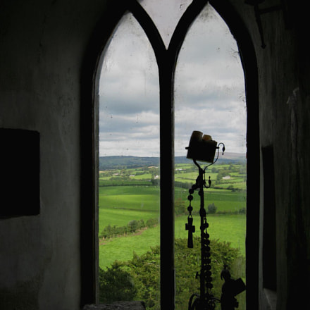 Leap Castle Window, Canon POWERSHOT SD900