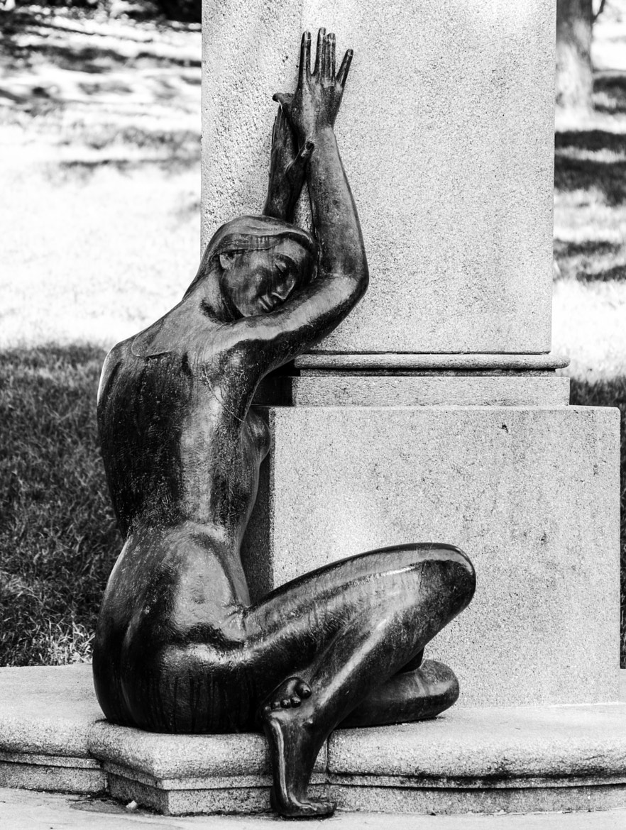 Photograph Statue: Woman's figure by Enrico Maria Crisostomo on 500px
