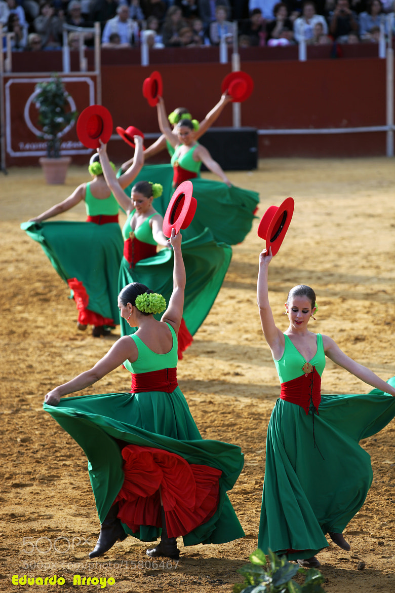 Photograph Bailarinas con sombreros by Eduardo Arroyo Martin on 500px