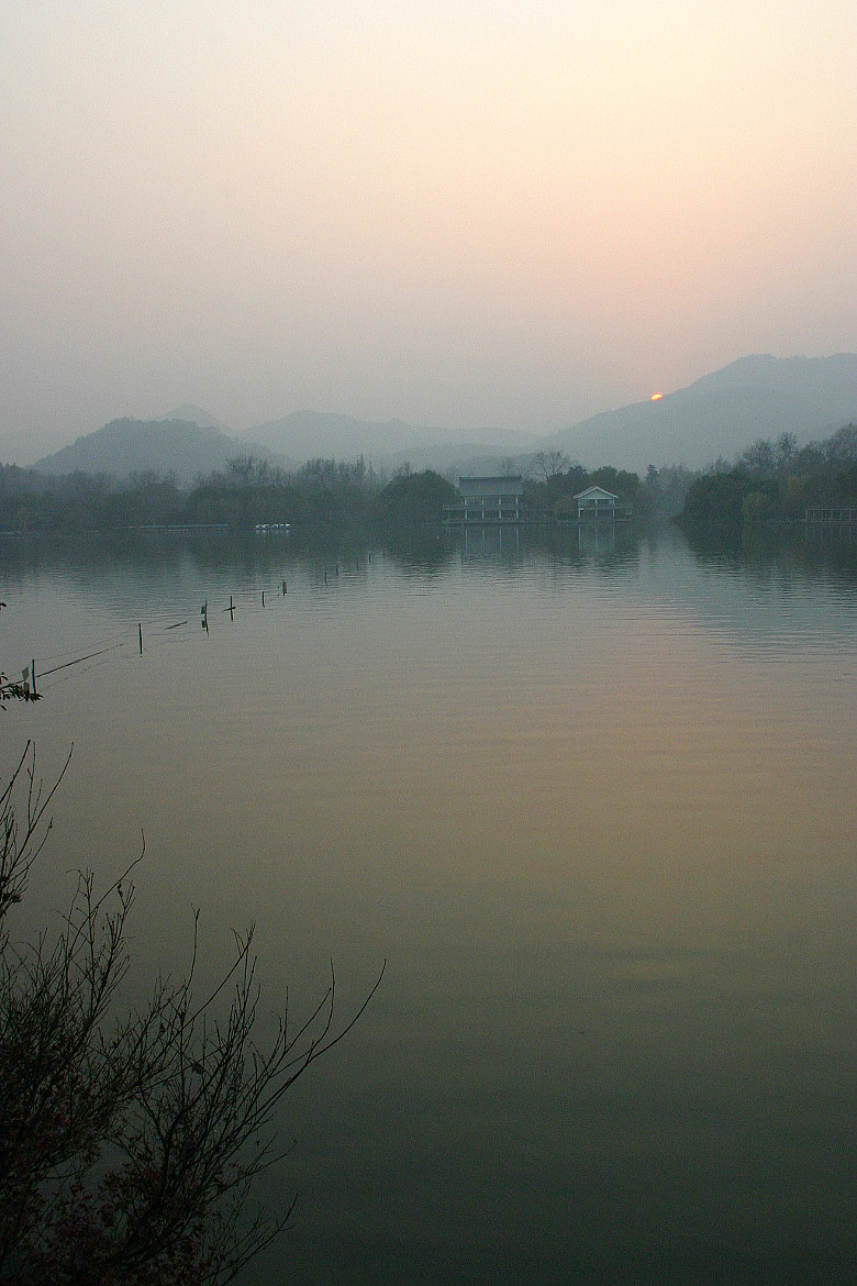 Photograph Calm Evening -  Hangzhou by whopaintdsky  on 500px