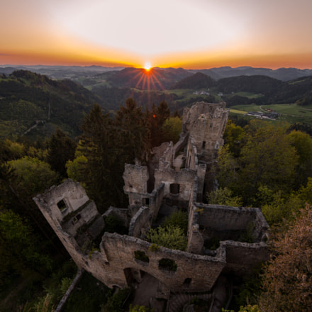 Ruin Prandegg in last light