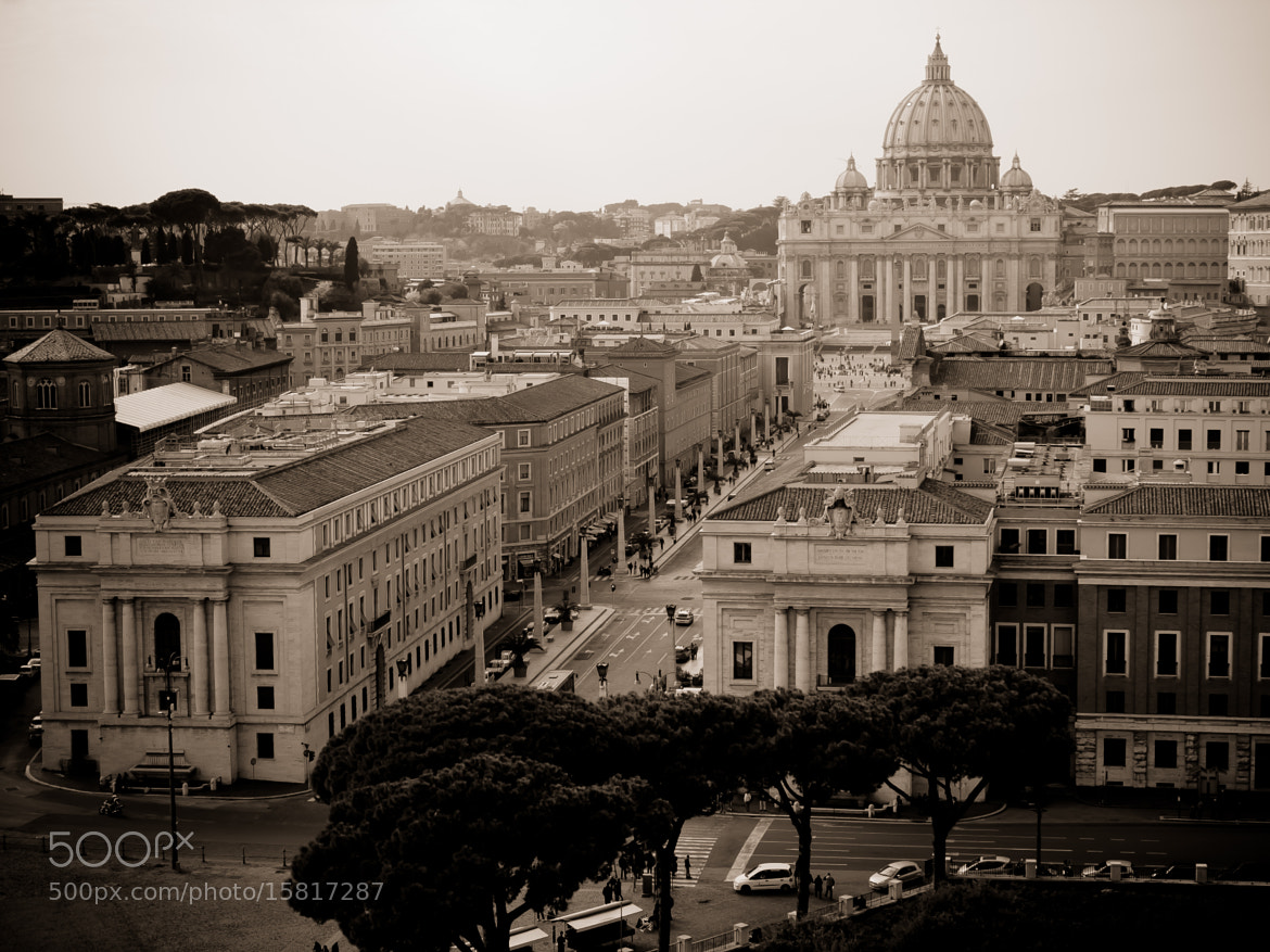 Photograph The Vatican by Alfonso Gómez on 500px