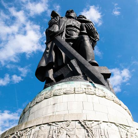 Soviet War Memorial 2