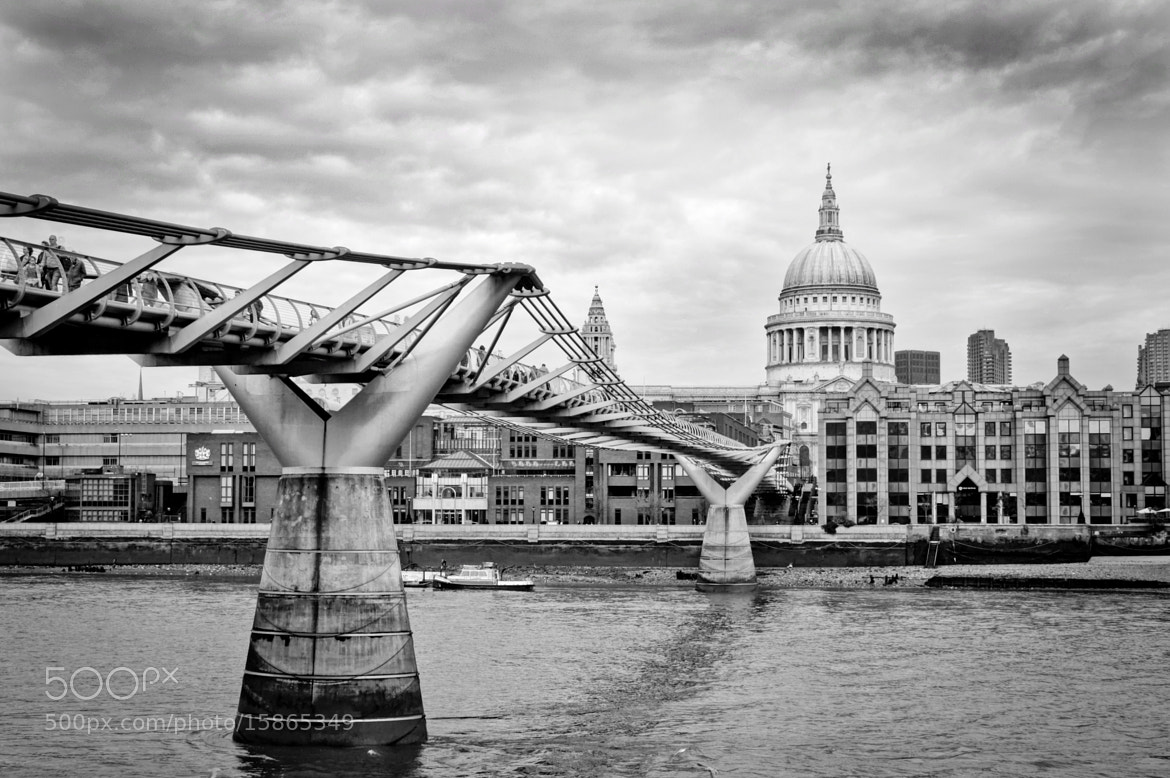 Photograph Millenium Bridge by Jessica Keating on 500px