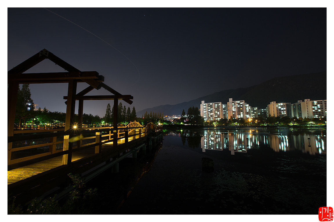 Photograph Yeonji of the park at night by Lee Kyeong Hwan on 500px