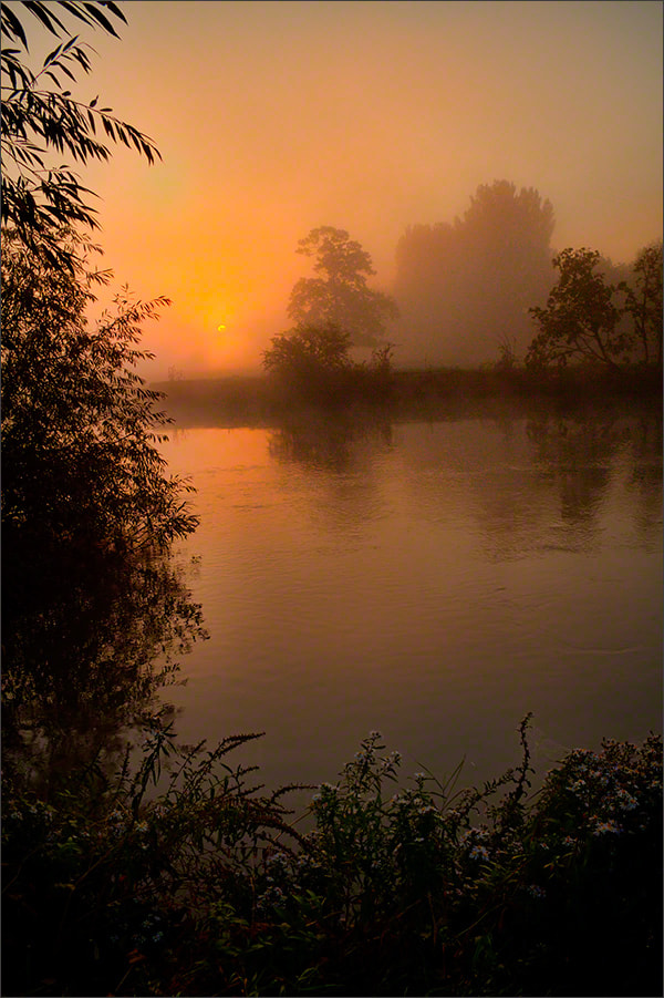 Photograph Dawn River Thames by Andrew Barrow LRPS on 500px