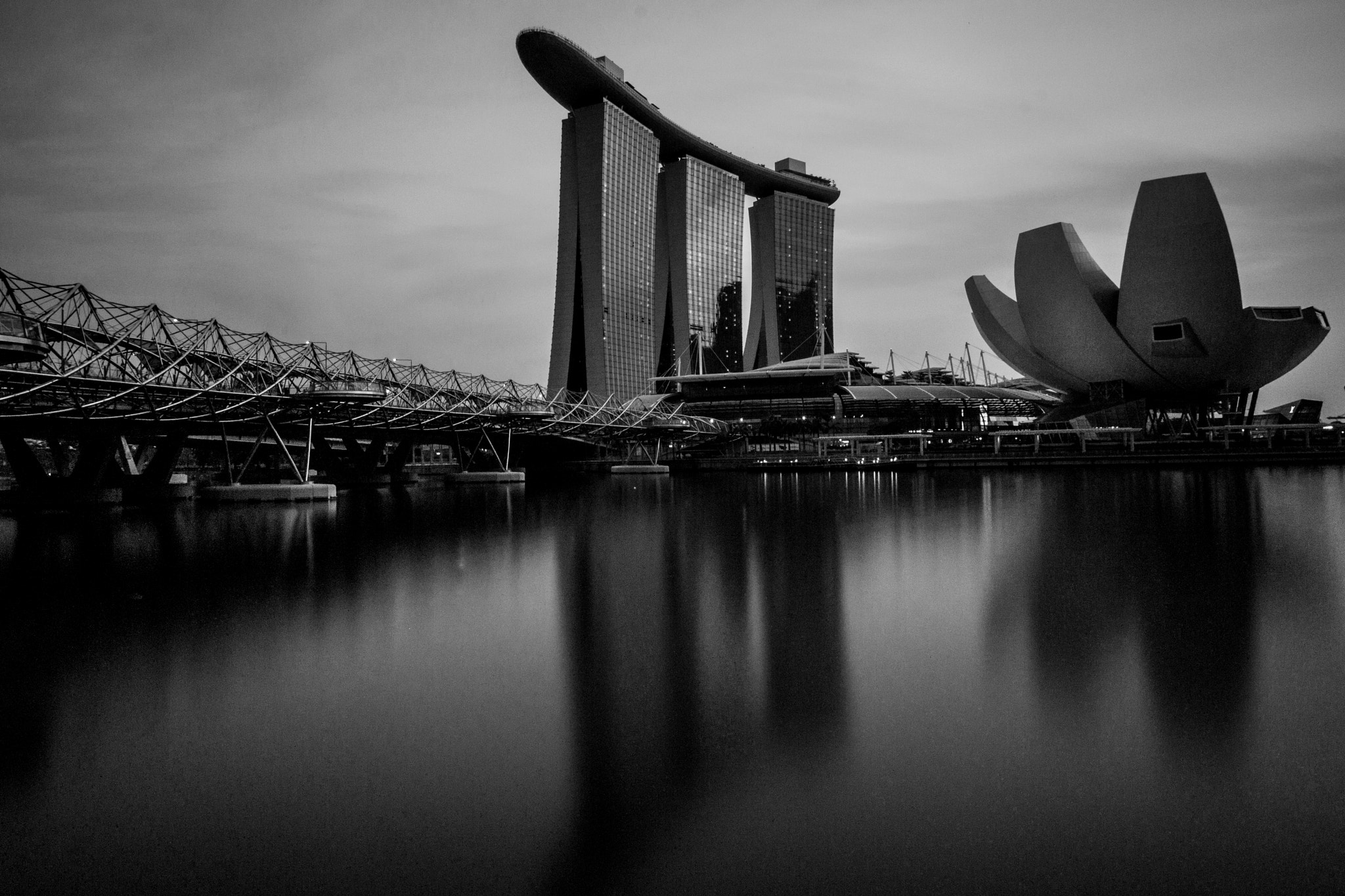 Photograph Marina Bay Sands, Singapore by Antonio Obispo on 500px