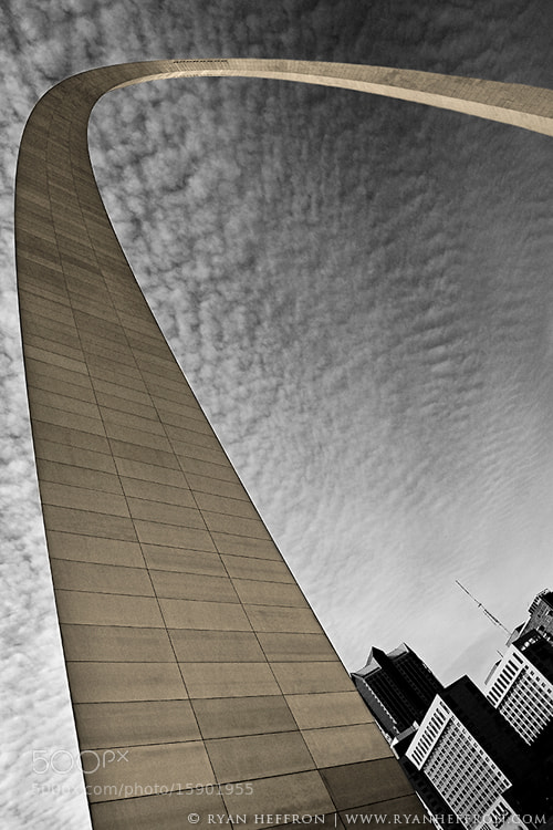 Photograph St Louis Arch by Ryan Heffron on 500px