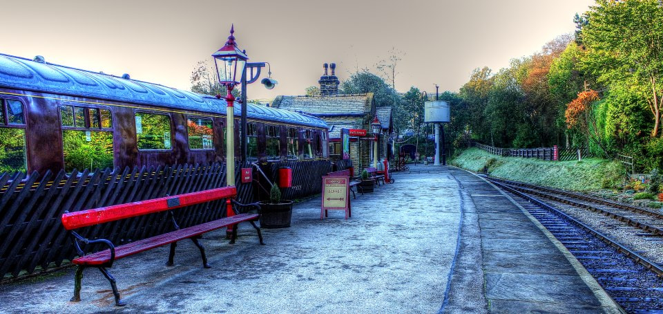 Photograph 7.30 this morning at Oxnehope. — at The Keighley and Worth Valley Railway. by Garry Atkinson on 500px