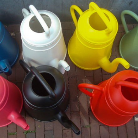 Watering can, Sony DSC-W85